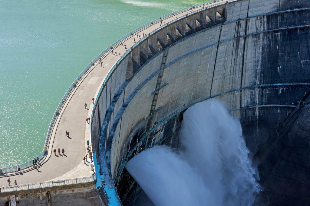 dam-inspection-underwater